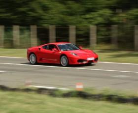 Un petit tour en Ferrari !